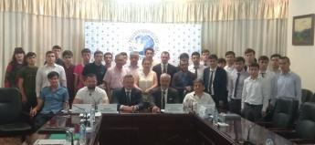 Большая Евразия начинается с молодежи: молодежные инициативы обсудили в Таджикистане