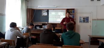 В Южно-Уральском многопрофильном колледже обсудили вопросы медиабезопасности